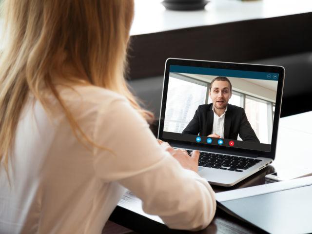 Cuáles son las desventajas de buscar pareja por internet